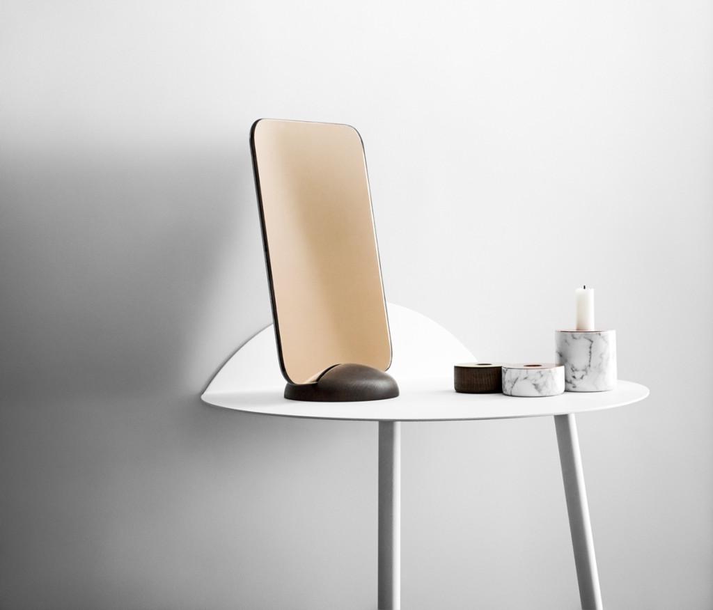 Design spiegel aan 2 kanten te gebruiken