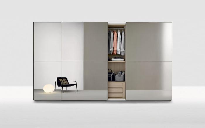 Schuifdeur garderobekast met spiegeldeuren