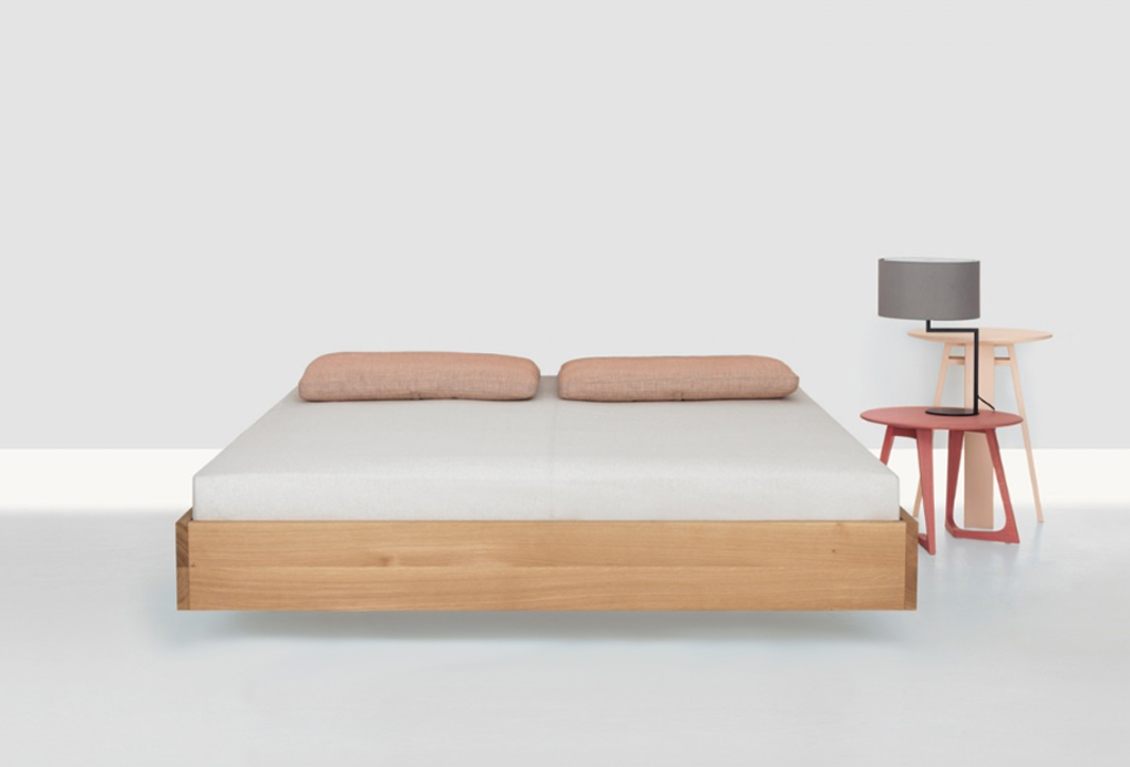 bedframe Simple Float in massief eiken